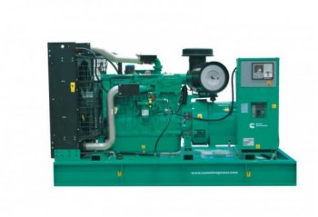 Дизельный генератор Cummins C550D5e
