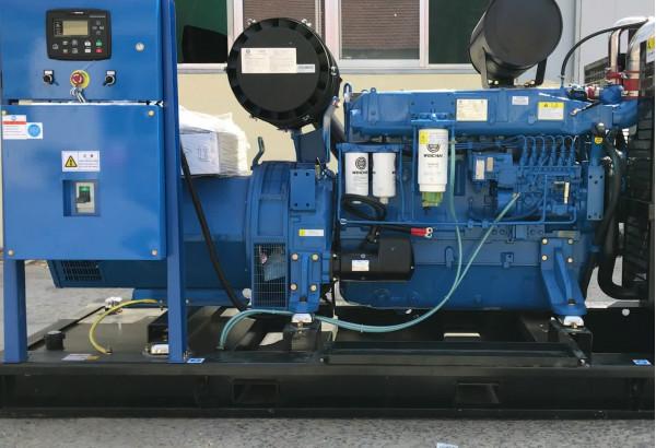 Какое масло заливается в дизельный генератор?
